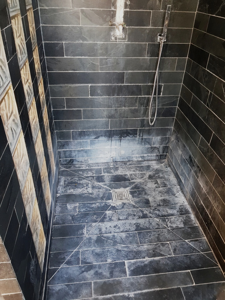 Slate Tiled Shower Cubicles